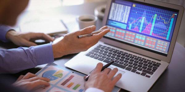 تحلیل داده و هوش تجاری در شرکت های بازرگانی